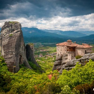 Walking through Meteora